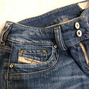 Diesel Jeans - Size 26 Diesel Wide legged jeans